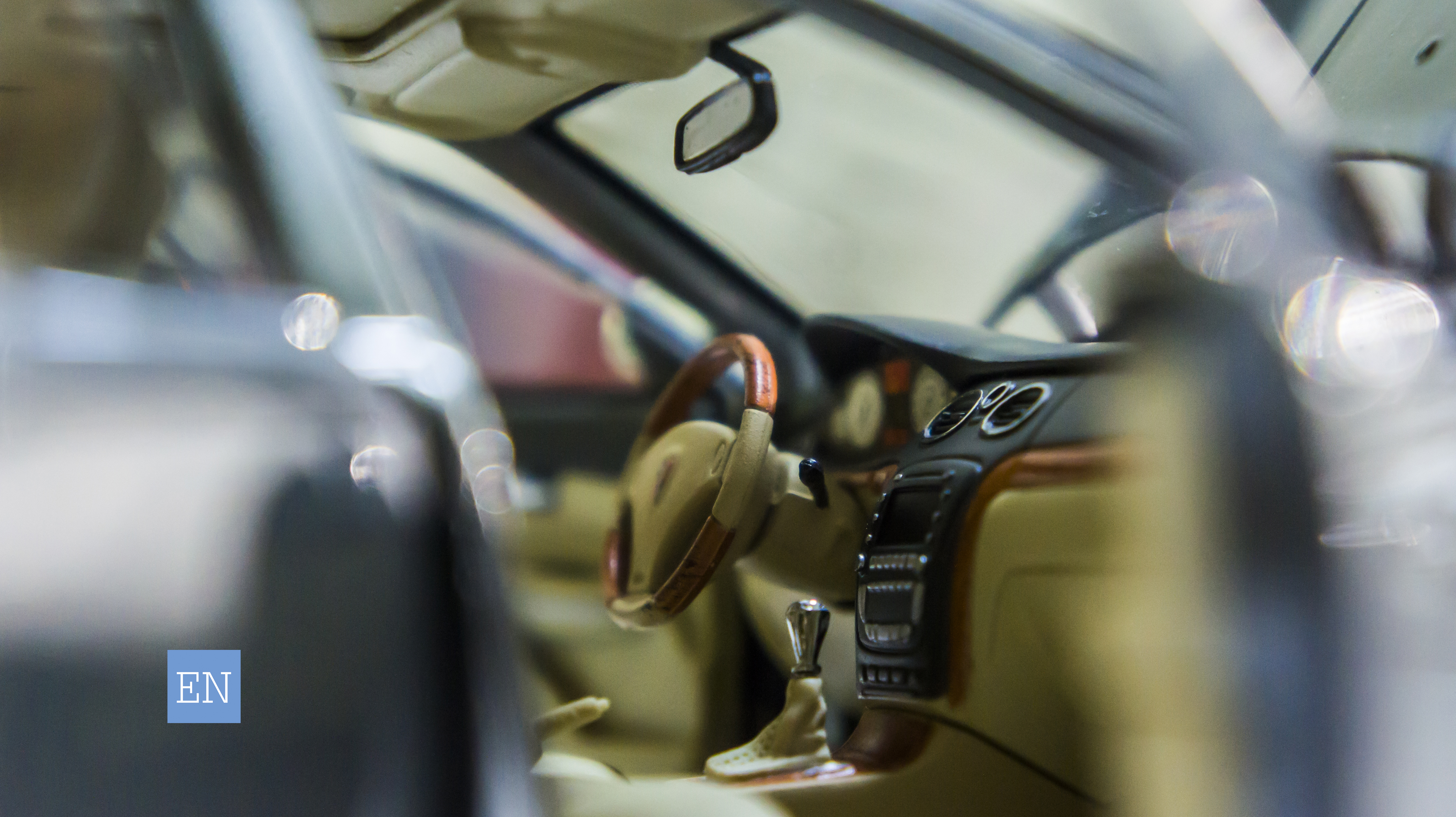 Roewe-750D - Model - Interior - Right Side - Low